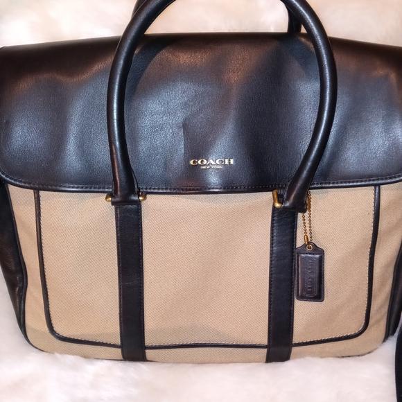 Coach Essex Canvas computer messenger bag